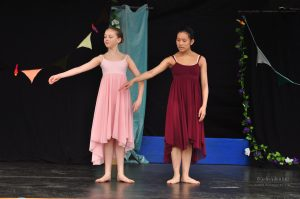 Dyktige ballerinaer fra Kirkenær Balettskole
